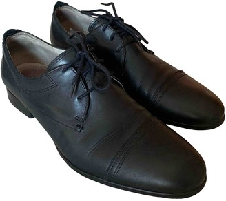 GUESS Black Leather Lace ups