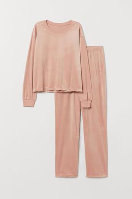 H&M Velour pyjamas