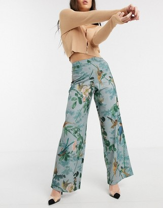 Hope & Ivy wide leg trouser in blue floral