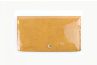 Chanel Yellow Leather Clutch bags