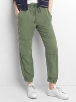 Gap TENCEL seamed joggers