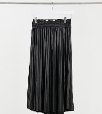 Vero Moda Tall exclusive pleated midi leather look skirt in black
