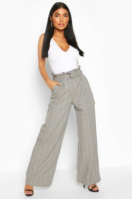 boohoo Petite Wide Leg Belted Check Pants