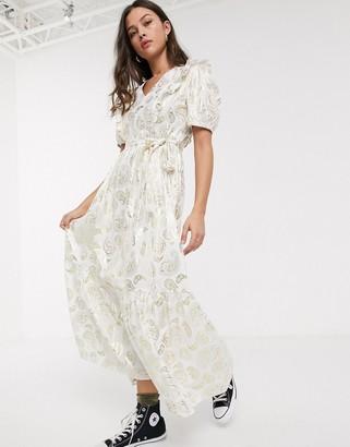 Résumé Resume tendora metallic paisley maxi dress in white
