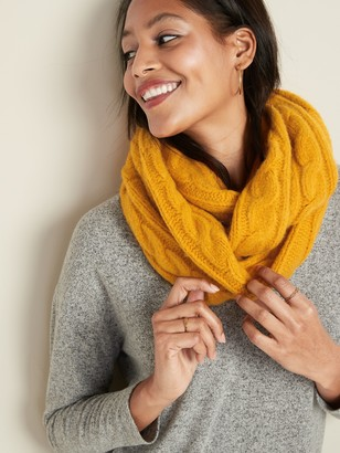 Old Navy Soft-Brushed Cable-Knit Infinity Scarf for Women