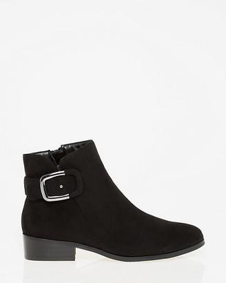 Le Château Almond Toe Ankle Boot