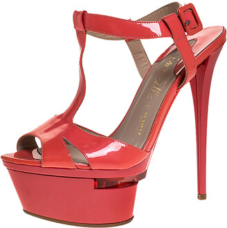 Le Silla Coral Patent Leather T-Bar Ankle Strap Platform Sandals Size 37