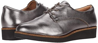 SoftWalk Willis (Pewter Leather) Women's Lace up casual Shoes