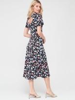 Very Tie Back Short Sleeve Dress - Black/Floral