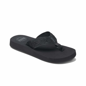 Reef Women's Sandals Sandy   Water-Friendly Flip Flops for Everyday Use   Black/Black   Size 8