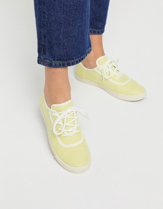 Toms carmel lace up sneakers in yellow