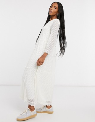 Only long sleeved maxi dress in white