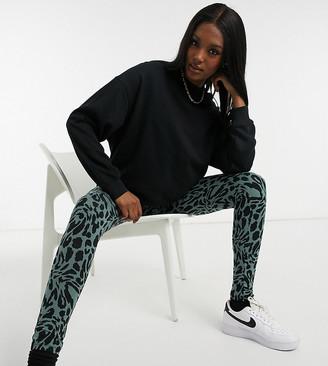ASOS DESIGN Maternity legging in khaki leopard print