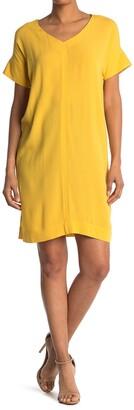 Bobeau V-Neck Shift Dress