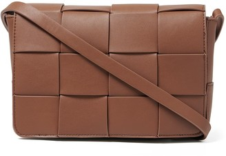 Forever New Belinda Weave Crossbody Bag - Chocolate - 00