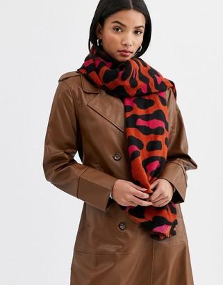 Accessorize Louise blanket scarf in leopard print