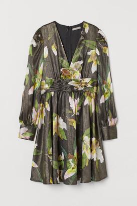 H&M Puff-sleeved V-neck Dress - Black