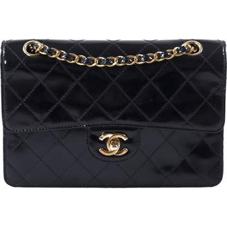 Chanel Timeless/Classique Black Patent leather Handbags