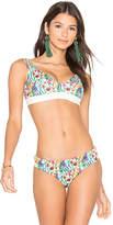 Agua Bendita Bendtio Lirio Reversible Bikini Top in White. - size M (also in S)