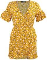 Missguided MUSTARD FLORAL PRINT RUFFLE TEA SHIFT Day dress mustard