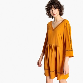 Vero Moda Short V-Neck Dress with 3/4 Length Sleeves