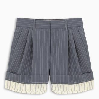 Chloé Shorts wth cuffs