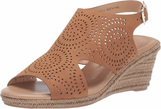 XOXO Women's SUMMERDALE Espadrille Wedge Sandal