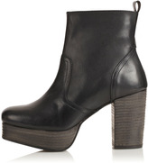 ALIYAH 90s Chunky Ankle Boots