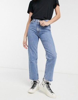 And other stories & Dimitri high waist mom jeans in mid blue wash