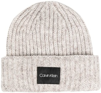 Calvin Klein Logo-Patch Chunky-Knit Beanie