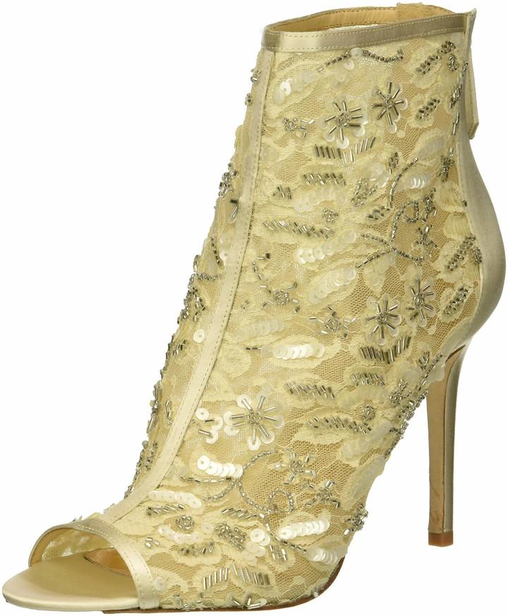 Badgley Mischka Womens Isadora Fashion Boot