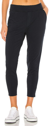 Frank And Eileen Pleated Jogger
