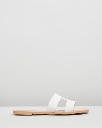 Billini Hampton Cut-Out Slides