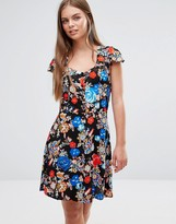 Glamorous Glamororus Floral Dress With Sweetheart Neck And Cut Out Back