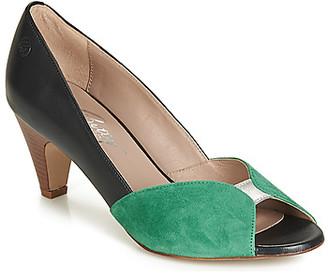 Betty London JIKOTIZE women's Heels in Black