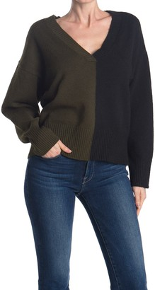 Sweet Romeo V-Neck Colorblock Sweater