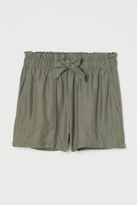 H&M High-waisted shorts