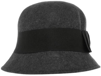 Innovare Made in Italy Winter Cloche Hat With Ribbon