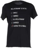 Kaos T-shirts - Item 37904857