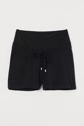 H&M MAMA Viscose Shorts