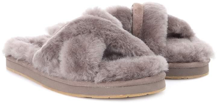 ecac798b965 Abela shearling slippers