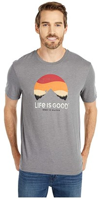 Life is Good Retro Sunset Hike Cool Tee (Slate Gray) Men's Clothing