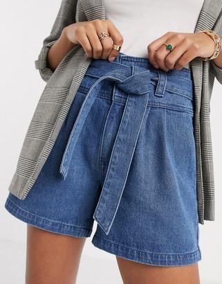 Vero Moda denim shorts with belted waist in mid blue