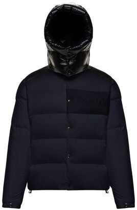 Moncler Aubrac Hooded Down Jacket