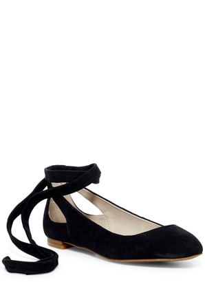 Kenneth Cole New York Wilhelmina Suede Ankle Tied Flat