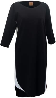 Atelier Minimalist Wave Dress Black & White