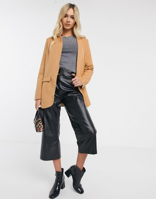 New Look tailored blazer in camel-Tan