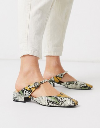 E8 by Miista Harper front strap shoes in snake