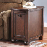Signature Design by Ashley Brookfield Chairside Table