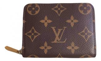 Louis Vuitton Zippy Brown Cloth Purses, wallets & cases